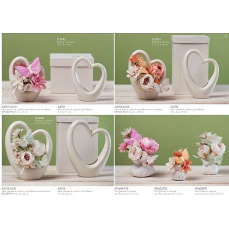 Vaso piccolo a cuore in porcellana avorio linea Love (A2701)
