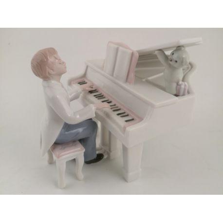 RAGAZZO AL PIANO-CARILLON (D7514)